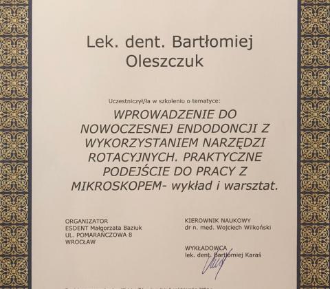 doktor bartlomiej oleszczuk dentysta krakow