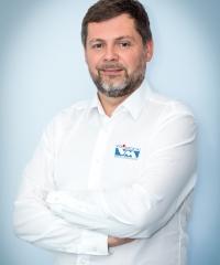 dr Paweł Namysłowski - dr n. med. M. Sc. implantolog